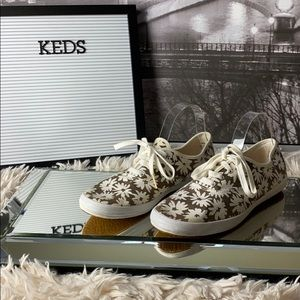 Keds Brown and White Floral Canvas Shoes Size 10